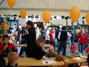 Kinder beim Zeichenwettbewerb um den »schönsten Schnapphans«